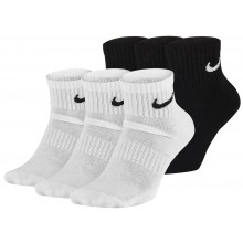 3 PAIRS OF NIKE CUSHION EVERYDAY LOW SOCKS