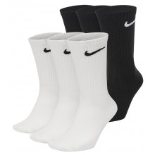 3 PAIRS OF NIKE EVERYDAY SEMI-HIGH SOCKS