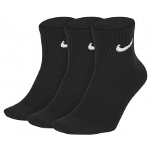 3 PAIRS OF NIKE LIGHTWEIGHT ANKLE SOCKS